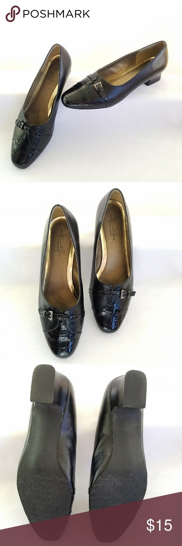 SOFY STYLE HUSH PUPPIES Dark Navy Black 11W Pumps JUST IN DESCRIPTION TO COME SOON. Hush Puppies Shoes Heels