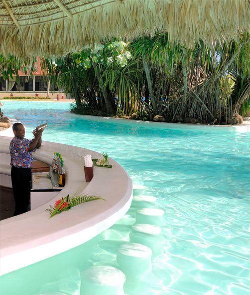 Vreți să vă răsfățați în acest concediu? Republica Dominicană este o destinație de top în ceea ce privește vacanțele de neuitat:  http://www.eurekareisen.ro/turism-extern/sejururi-cu-avionul/oferte-caraibe-cu-avionul/oferte-dominicana-avion-madrid