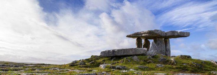 RONDREIZEN / GROEPSREIS IERLAND 2017  Deze rondreis door Ierland is samengesteld helemaal aan de hand van onze eigen wensen. Als eigenaren van Simi Reizen hebben we jaren in Ierland gewoond, waardoor we niet alleen de gebaande paden goed kennen, maar juist ook de plekken die Ierland zo'n bijzonder vakantieland maken. Ga voor een groepsreis Ierland waarbij je het land leert kennen, de mooiste plekken bezoekt en geniet van een rondreis om nooit te vergeten!