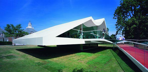 Павильон галереи Serpentine. Оскар Нимейер, 2003