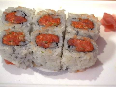 Take the flavors of your favorite sushi bar home with homemade spicy tuna rolls. Learn how to make a spicy tuna roll from scratch, including the notorious spicy sauce that gives it that yummy kick.