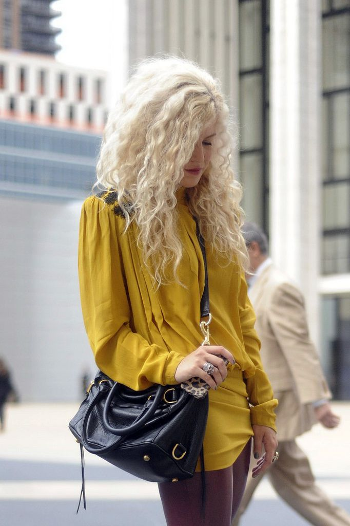 blonde bedhead: Curly Hair Styling Tips (also - hooray for platinum curls!)