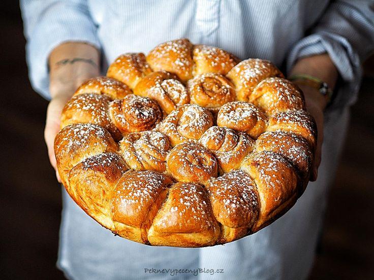 Sladký bulharský chléb