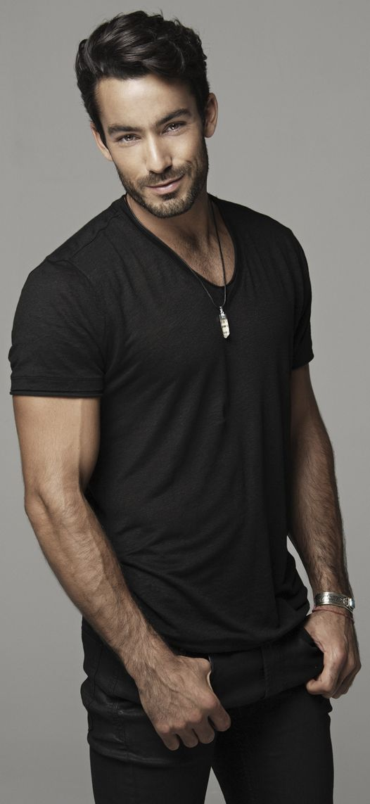 (Aaron Diaz) Felipe Diego Acosta (Married to Olivia)