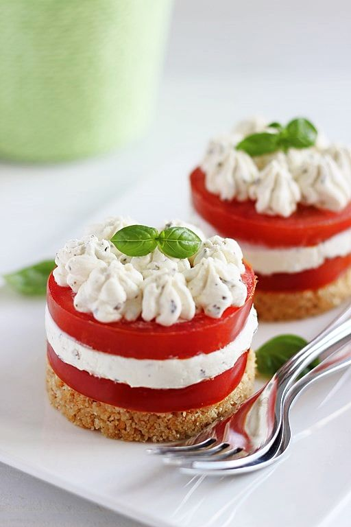 "Mini cheesecakes ""alla caprese"""
