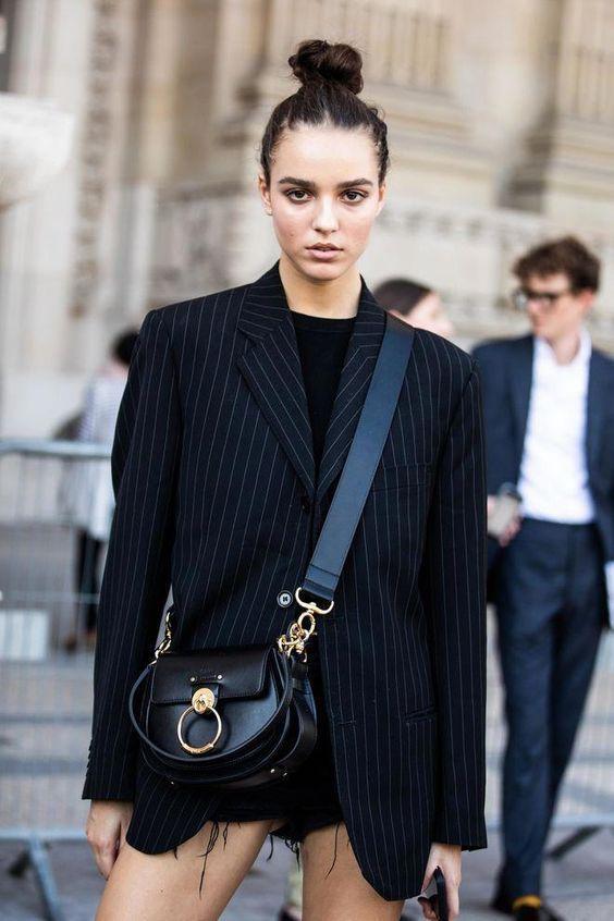 30+ Stylish Ways to Wear Over-sized Blazer This Fall #streetstyle #womensfashion
