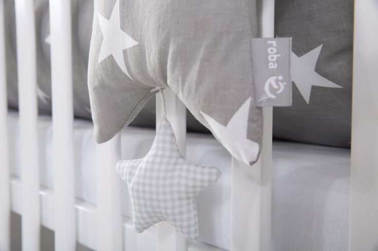 Die roba Home Collection - Trendiges Aussehen macht jedes Kinderzimmer zum absoluten Hit! #sterne #stars #littlestars #homecollection #deko #möbel #furniture #baby #kids #children #dekoration #kinder #kinderzimmer #childsroom #bedroom #nursery  #white #grey #weiß #grau #spieluhr #musicbox