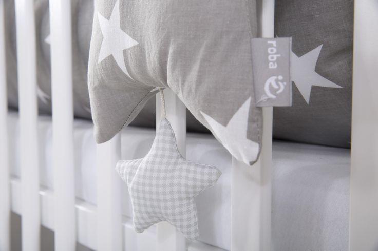 Die roba Home Collection - Trendiges Aussehen macht jedes Kinderzimmer zum absoluten Hit! #sterne #stars #littlestars #homecollection #deko #möbel #furniture #baby #kids #children #dekoration #kinder #kinderzimmer #childsroom #bedroom #nursery  #white #grey #weiß #grau #spieluhr #musicbox