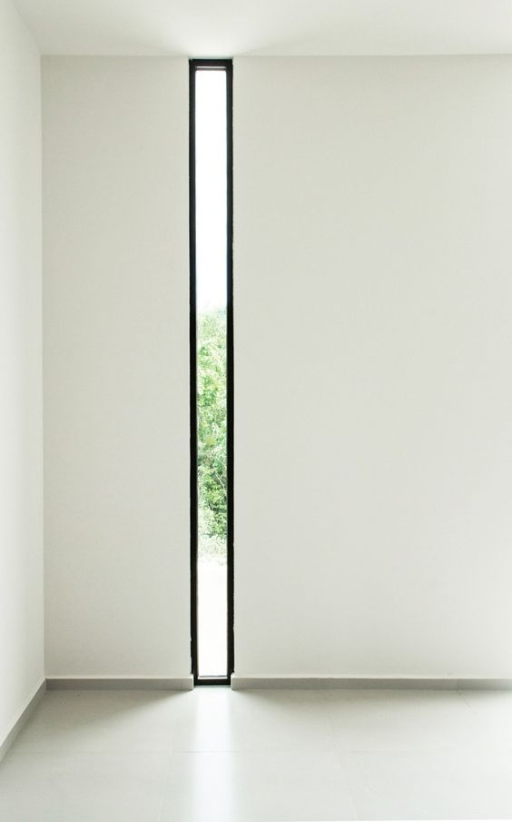 Vertikales Design für ein schmales Fenster
