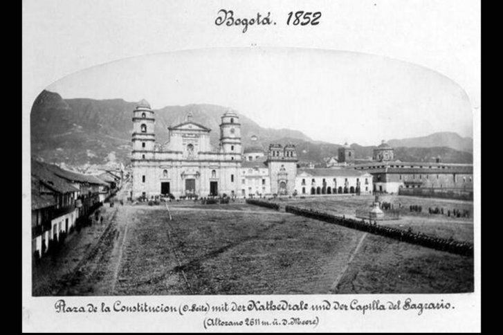 Santafé de Bogotá - Plaza de Bolivar en 1852.