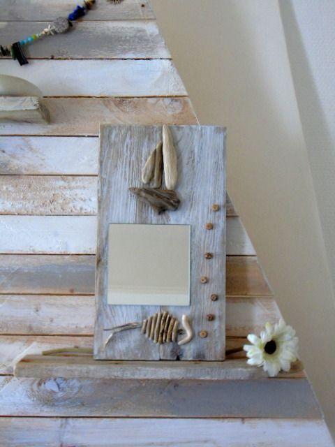 25 best ideas about miroir bois on pinterest miroir palette miroir retroviseur and miroir de. Black Bedroom Furniture Sets. Home Design Ideas