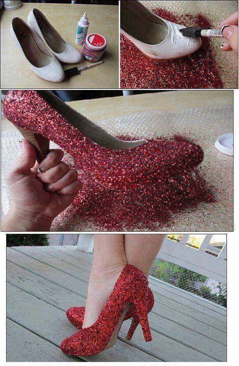 DIY your own #TheWizardOfOz Dorothy shoes