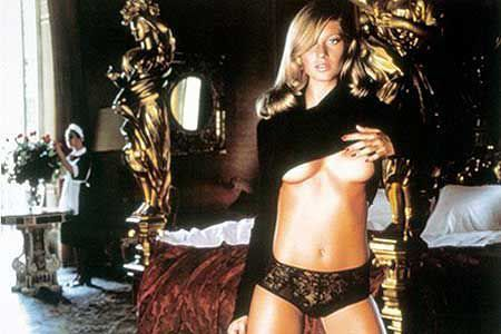 Pirelli Calendar 2001: Top-Models in italian atmosphere, Gisele Bündchen