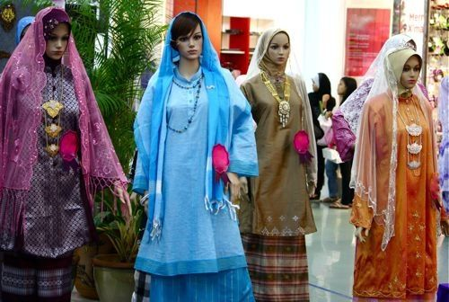 Malay traditional dress teen 3