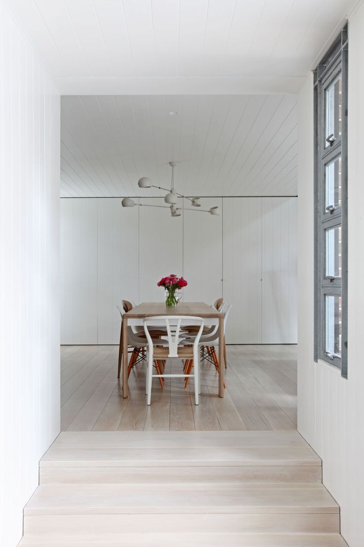 Warehouse conversion in Rozelle by Tom Ferguson   Yellowtrace