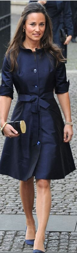 Pippa Middleton: Earrings – Kiki McDonough  Dress – Suzannah  Purse – Tory Burch  Shoes – Prada