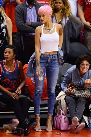 LOS ANGELES, CA - MAY 15: Rihanna attends an NBA playoff game between the Oklahoma City Thunder and the Los Angeles Clippers at Staples Center on May 15, 2014 in Los Angeles, California. (Photo by Noel Vasquez/GC Images)