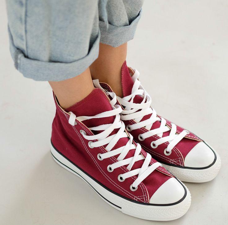 Для тех кто не успел купить летом или ещё сомневается, оригинальные кеды Converse с промо-кодом winter16 нужно покупать прямо сейчас! Каталог конверсов: http://lnk.al/2Th5