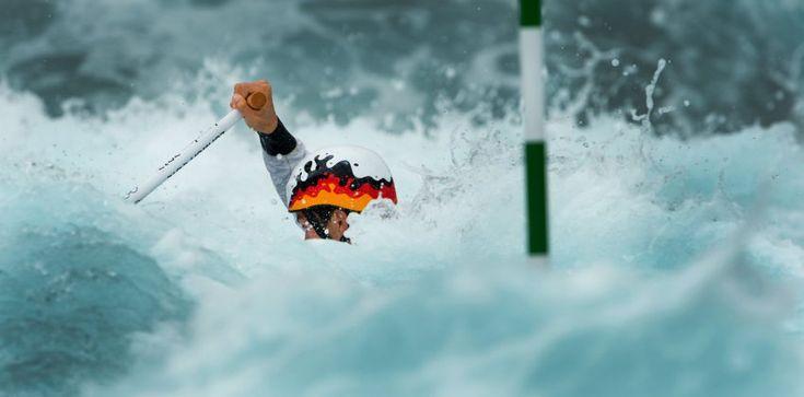 Olympics 2012: Der junge Mann und das Wasser: Deutschlands Kanute Sideris Tasiadis im Einzelslalom-Halbfinale im Lee Valley White Water Centre. Am Ende stand für Tasiadis die Silbermedaille.