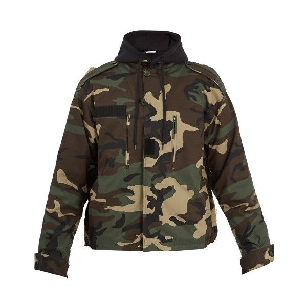 Vetements Commando hooded camouflage-print jacket (£846) ❤ liked on Polyvore featuring men's fashion, men's clothing, men's outerwear, men's jackets, camouflage, mens camouflage jacket, mens hooded jackets, mens patch jacket, mens oversized denim jacket and mens utility jacket