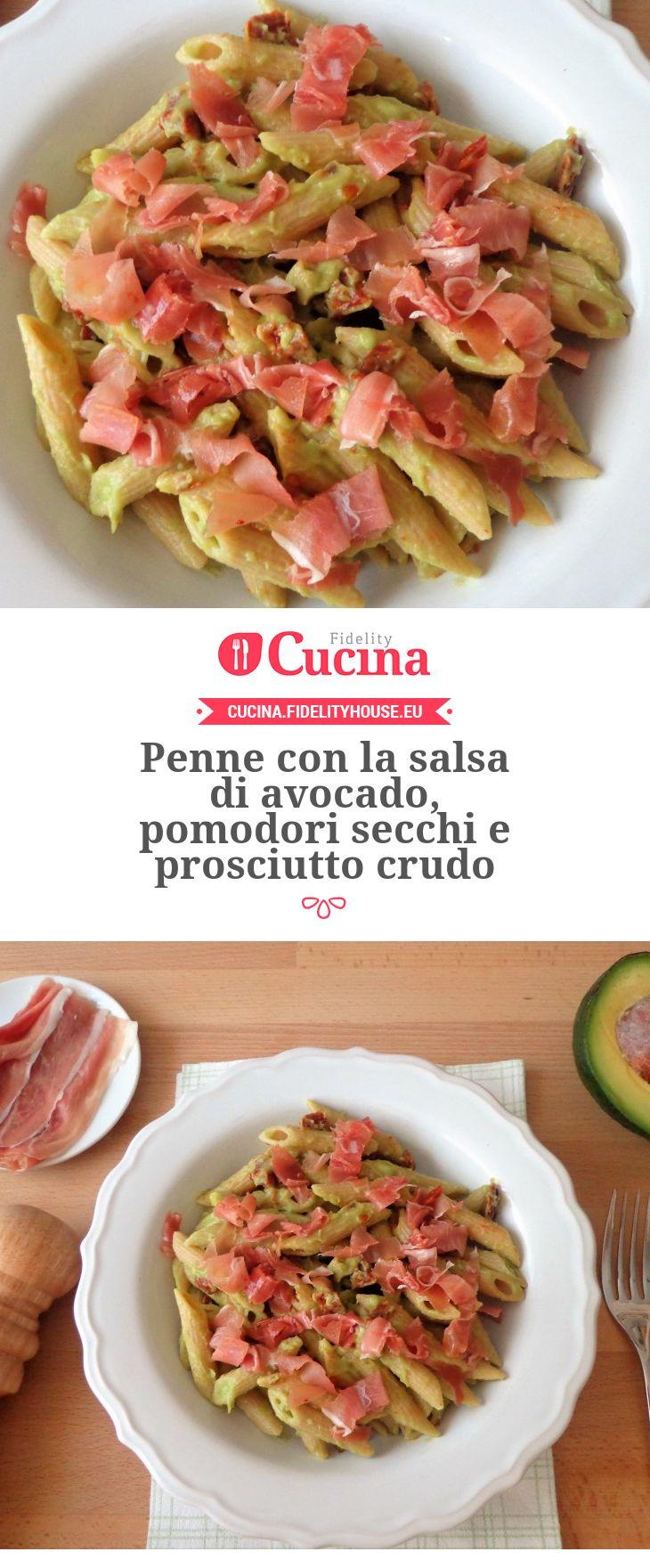Penne con la salsa di avocado, pomodori secchi e prosciutto crudo