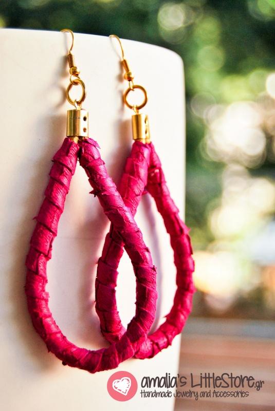 Handmade leather earrings! www.littlestore.gr