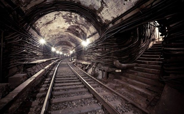 La ligne de métro 2 de Moscou (Russie). L'utilisation de cette ligne cachée était prévue pendant la guerre froide (Source : http://www.blogosem.com/)