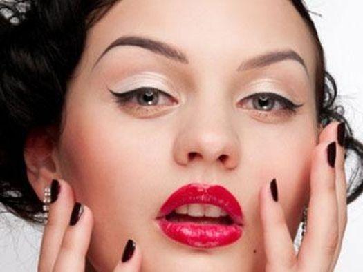 Основы макияжа 50-х. Макияж 50-х годов был очень чувственным.   Макияж глаз