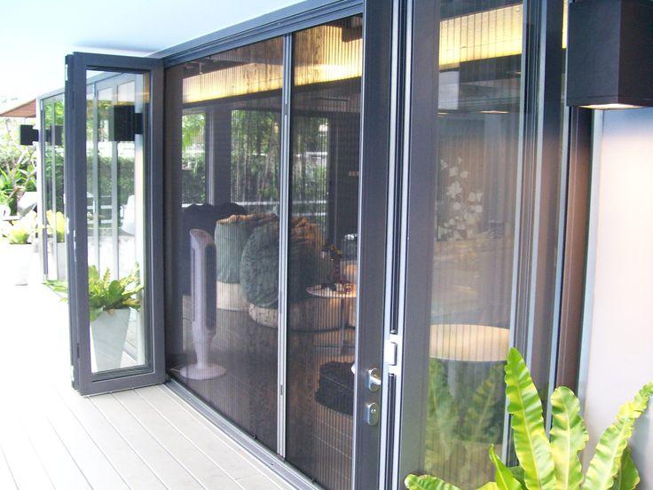 Bifold Door Retractable Screens
