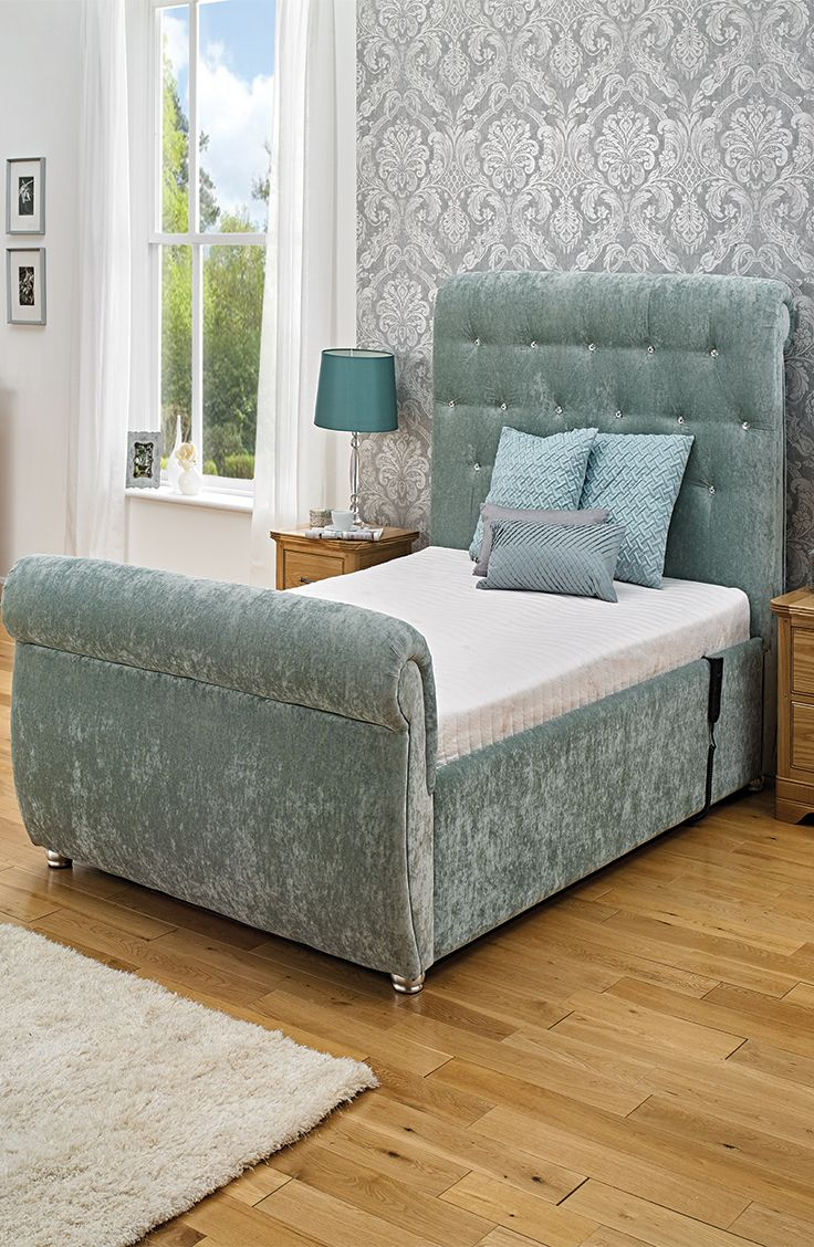 The Mayfair Electric Adjustable Bed can be micro adjusted allowing you to find the perfect sleeping position. This is particularly beneficial for users who suffer from aches and pains in the body.