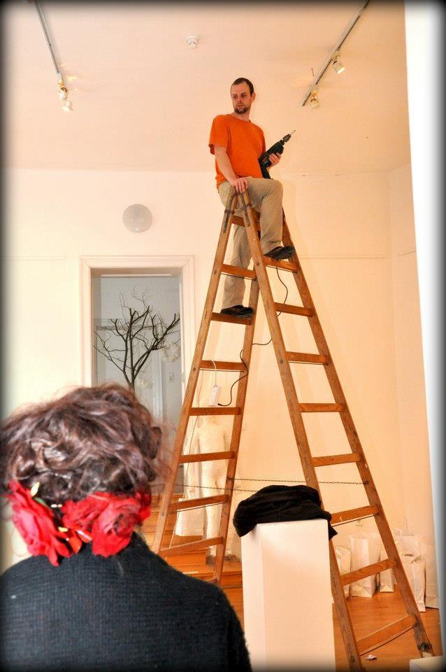 Nemeth Hajnal Aurora: I needed a lot of holes in the ceiling, it was a really hard work.../Hát furattam egy pár lyukat, így létrán állva, méretre passzintva nem volt kis dolog...Köszönöm POMPEI 2.0 Hogyan készült/How was it made...
