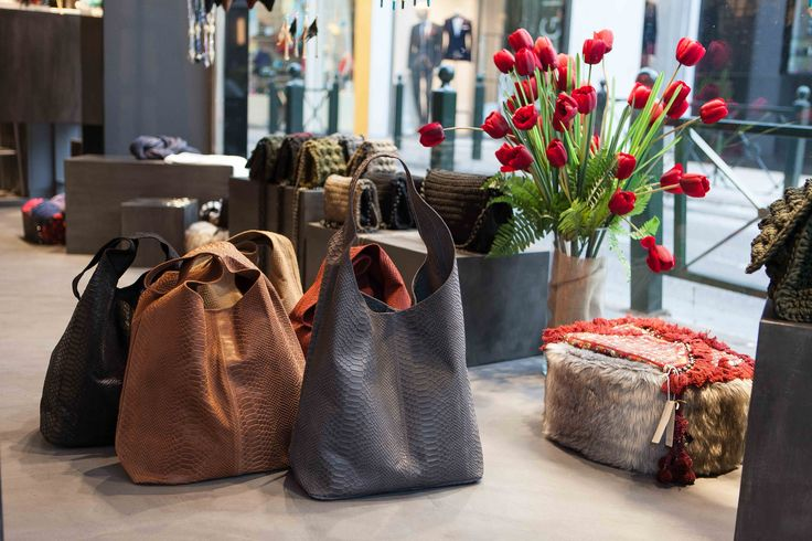 Our Best Sellers French Leather Tote Bags ... are back❣❣❣... in fantastic colors!!! Join a world of #uniqueness #aesthetics & #style #braccialetticoncepts Kyriazi 28 & Alonion 2, Kifissia