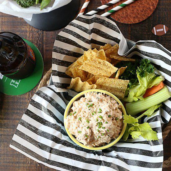 Low Fat Buffalo Ranch Chicken Dip Recipe! 6 easy ingredients for a delicious creamy low fat version of buffalo chicken dip!