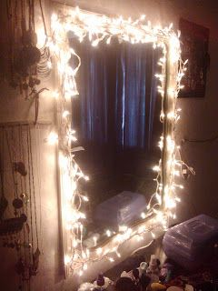 Cute idea! ::DIY light up vanity mirror:: This is actually really great, because I wanted Christmas lights hung around my bed anyway!