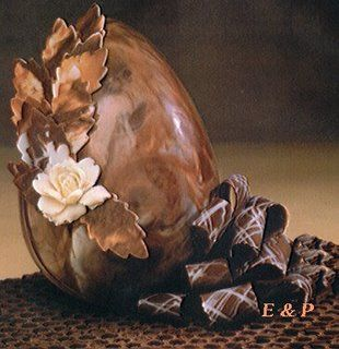 ovo-de-pascoa-decorado: Chocolates, Paqu Chocolate, Chocolates Factories, De Chocolates, Easter Eggs, Gorgeous Leaves, Chocolates Eggs, Decorar Ovo, Chocolates Decorado