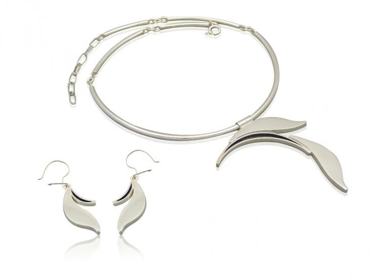 Silver jewellery set - earrings + necklace