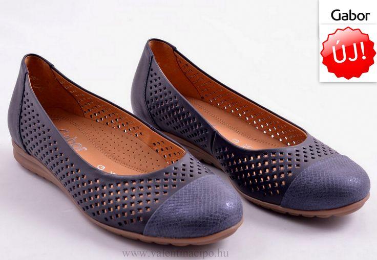 Egy igazán csodálatos női Gabor cipő, már a nyári hangulatot idézi :) Valentina Cipőboltokba és Webáruházunkban folyamatosan érkeznek az új Gabor cipők!  http://valentinacipo.hu/gabor/noi/kek/lyukacsos-felcipo/141622640  #gabor #gabor_cipő #gabor_cipőbolt #Valentina_cipőbolt