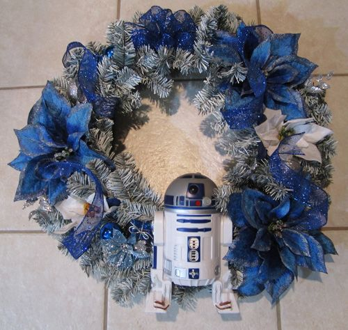 #StarWars wreath #Christmas #ChristmasDecorations :O