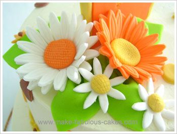 Here is a step by step tutorial on how to make a gum paste gerbera flower.