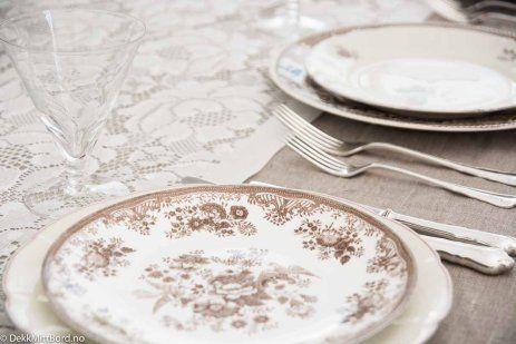 Bildesamling | Dekk Mitt Bord! Vintage mix servise #borddekking #bryllup #wedding #table setting