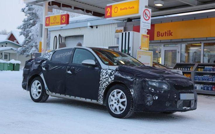 blogmotorzone: Kia Optima 2015. Kia va a presentar la cuarta generación del Optima en el próximo Salón del Automóvil de Ginebra que se comenzará el día 5 de marzo de este año... Para leer más visita: http://blogmotorzone.blogspot.com.es/2015/01/kia-optima-2015.html