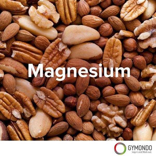 3. Magnesium: Das Mineral Magnesium steht auf Platz 1 der Mineralien, wenn es um Stress geht. Bei einem Magnesiummangel gefährdet man nicht nur das Herz-Kreislauf-System, sondern erhöht auch das Stresspotenzial. Daher solltest Du viele Hülsenfrüchte, Nüsse, Bananen, Naturreis und Vollkornprodukte essen.