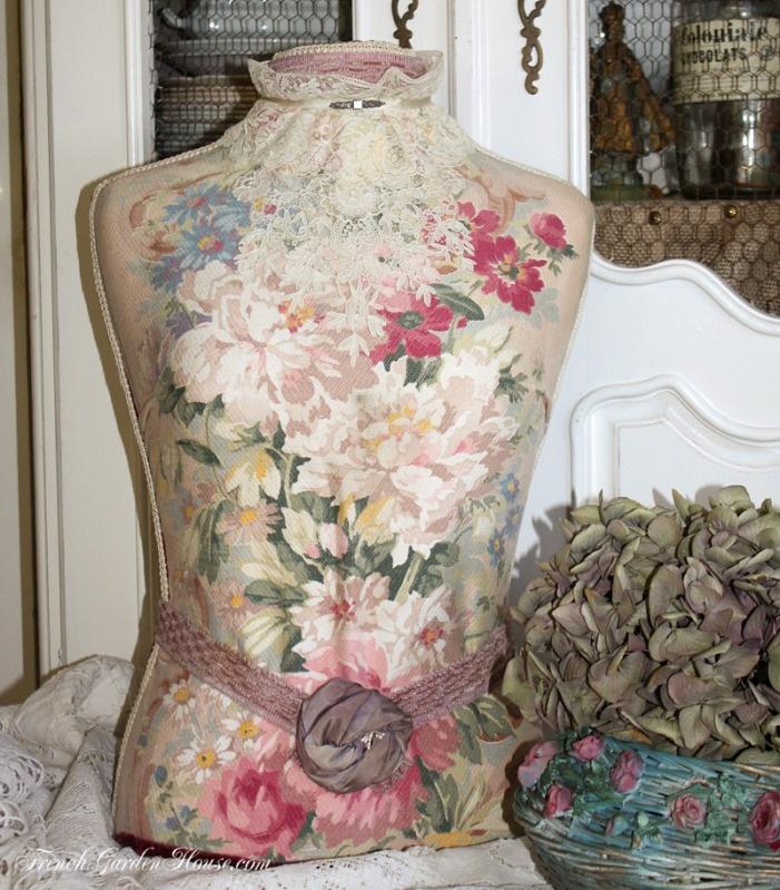 Paris Shop Girl :Vintage French Inspired Mannequin