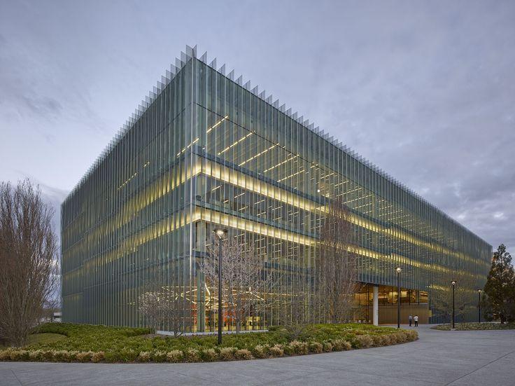 Novartis Building 337   Rafael Viñoly Architects   Exterior view. Photo: Bruce Damonte