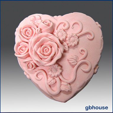 3D Silicone soap / candle mold - Heart Shape Rose Wedding Cake - free shipping