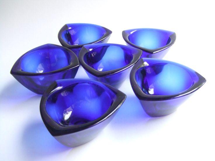 6 cobalt blue Häränsilmä (Bullseye) dishes, designed 1956 by Kaj Franck, made by Nuutajärvi Notsjö. by SCALDESIGN on Etsy