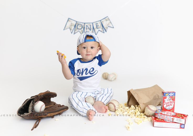 153 Best One Year Old Cake Smash Sessions Images On Pinterest