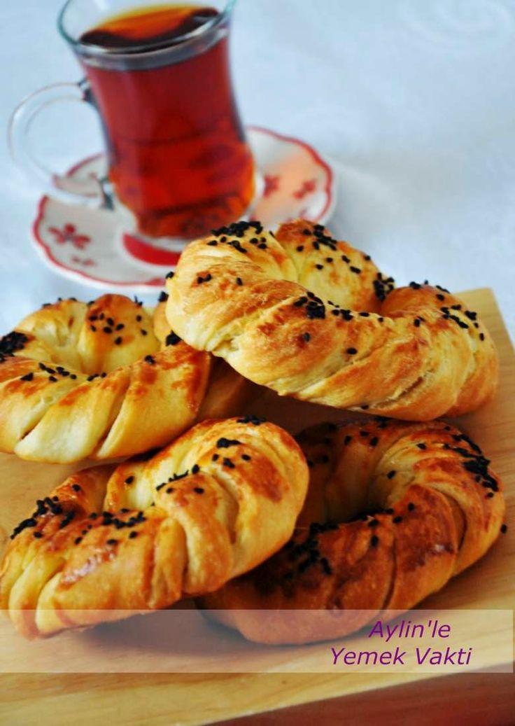 En İyi Yemek Tarifleri Sitesi-Yemek Vakti: Pastane Açması Tarifi