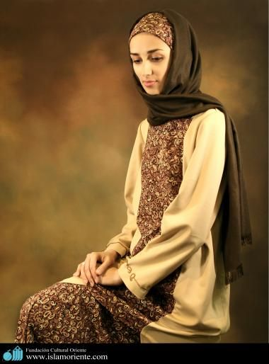 Mujer musulmana y desfile de moda - 7
