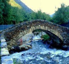 Andorra is fakultatív kirándulás során látogatható meg Costa Braváról